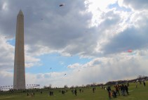 Flying Kites around the Washington Monument